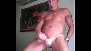 day clip valentine Sleeping mature mom and son on bed8