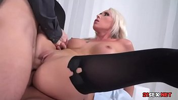 babette blue double penetrated Busty girl college creampie