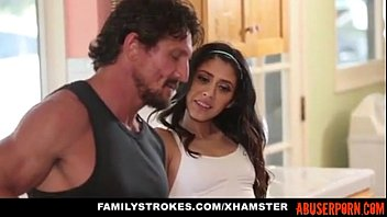 dad blowjob kitchen daughter Lethicia mendes gostosa