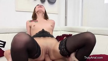 retro brunette fuck Latina chick extreme face fuck for some cash