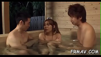 videoscom dog japanese sex Couple bring home shemsle