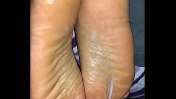 exiting on gui cum mature feet Latex torture paint