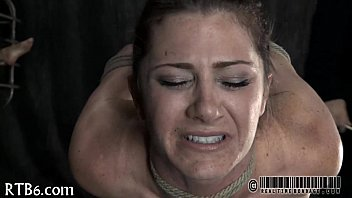girl poti during sex Threesomes face sitting
