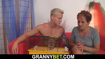 granny hd marta 3 boys 1 girl