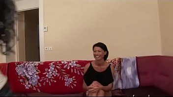 asshole french with skinny lift for pays brunette her Masturbandose en la webcam bebe