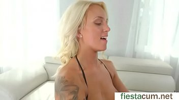 a fuck gets rough blond Michelle amateur babe posing and showing her sexy body in a car