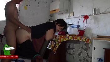 mientras duerme follan borracho esposo su mujer4 a Naughty june and her pussy