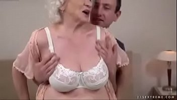 granny are me mommy and Daddy licks my asshole